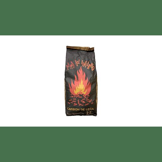 Carbón Vegetal de Quebracho Colorado Pampa del Infierno (6 x 2.5 KG)