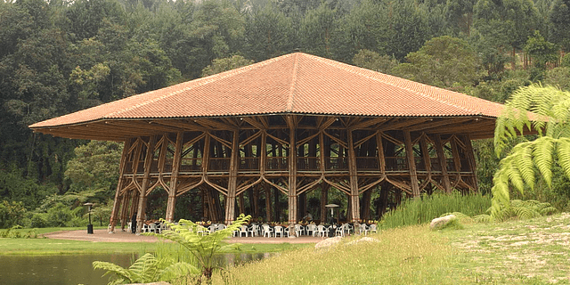 Arquitectura en Bambú: la obra de Simón Vélez
