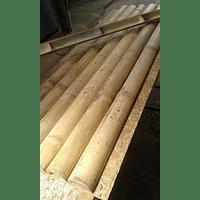 Tablero con media caña de bambú guadua