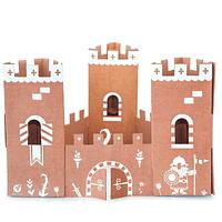 Magia y Cartón: El Mini Castillo Café