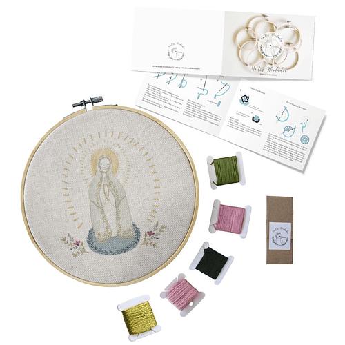 Mini Kit para bordar Virgen de Fátima