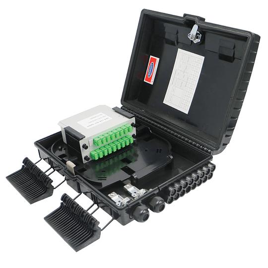 Caja NAP para poste, IP65 de 8 puertos con conectores SC/APC · Incluye splitter, acopladores y herraje