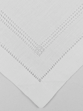 DOUBLE LINE OPENWORK TRAY CLOTH