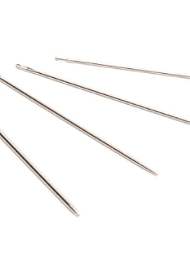 English needle for Leatherwork 004 (small)