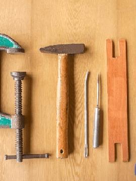 Kit de herramientas: Del tejido a la madera