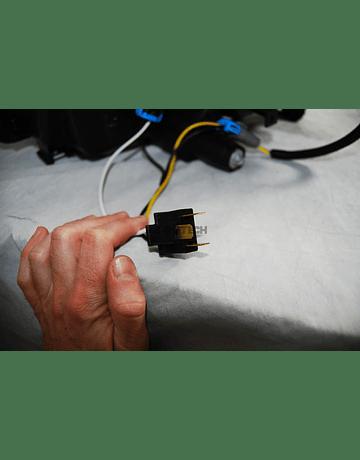 DEPO FACELIFT HEAD LIGHT SET INCL MOUNTING KIT (CIVIC 01-06 3/5 DRS)