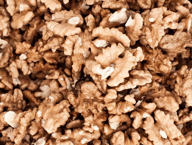 Nuez Mariposa Blanca