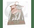 Vestido blanco con gorro rosa muñeca 33cm