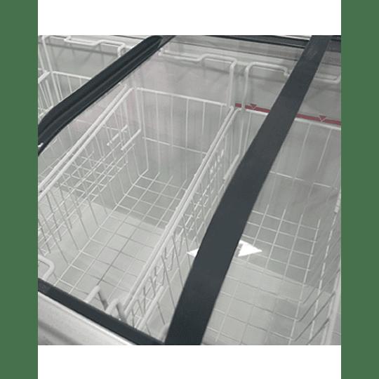 Congelador de Tapa de Vidrio Curvo 650 lts MAIGAS - Image 2