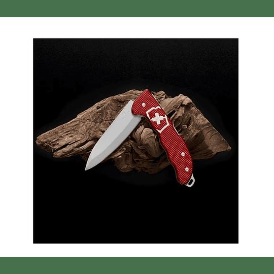 Navaja Victorinox Hunter Pro Alox Color Rojo - Electromundo