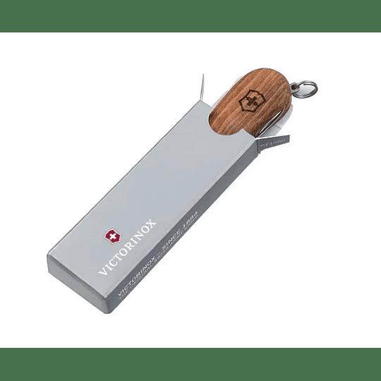 Navaja Victorinox Executive Wood 81 Walnut - Electromundo