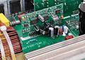 Inversor de Voltaje 2000W con Onda Sinusoidal Pura  Cargador de Batería con Transferencia Automática