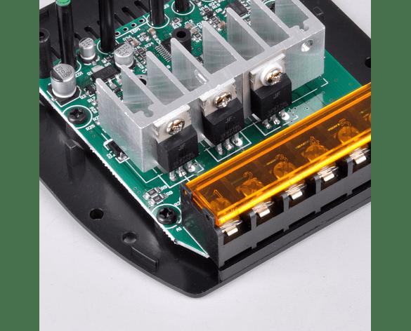 Controlador de Carga Solar PWM LCD, 5A 12V/24V Automático