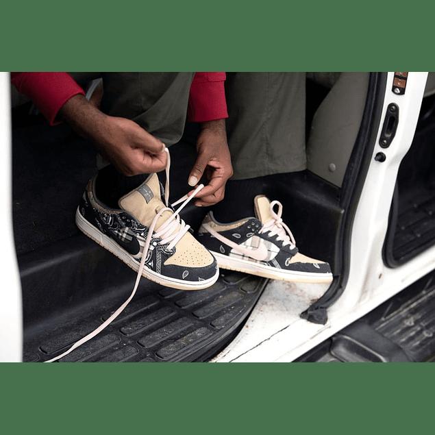 Nike SB Travis Scott