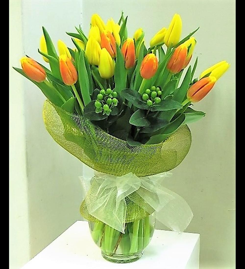 Florero 30 Tulipanes