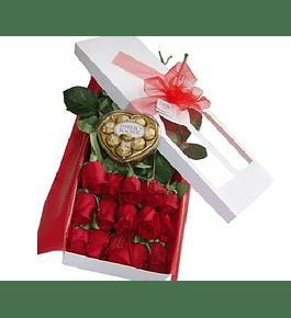 Caja 15 Rosas mas Bombones Ferrero Corazón