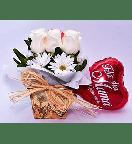9 Rosas en Base Provenzal con Globo Mamá