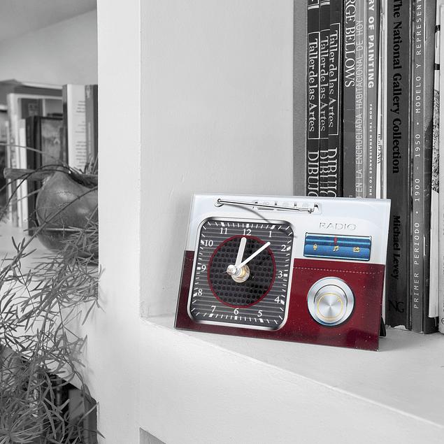Reloj decoración Radio 2 Rojo