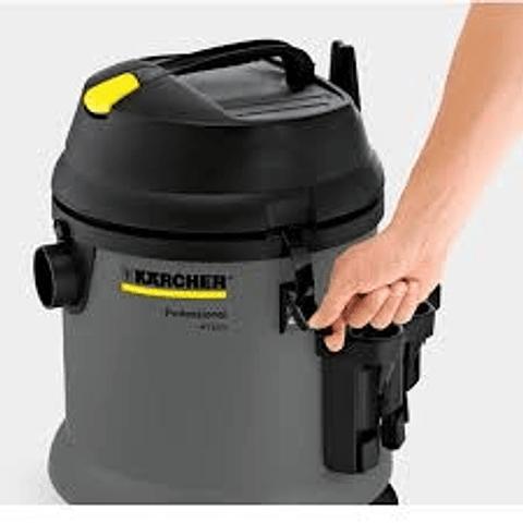 Aspiradora Polvo/Agua Karcher NT 27/1