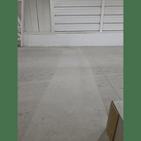 Arriendo Barredora Eléctrica Profesional Karcher KM70/30