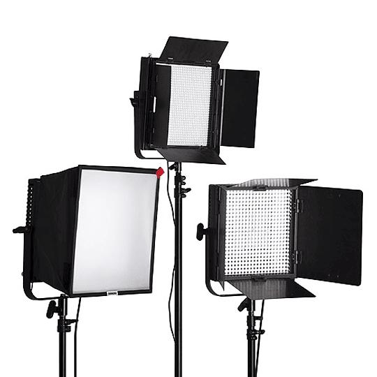 Arriendo de Kit de 3 Unidades Led Litepanels 1x1 Mono con accesorios A: caja y 2 aletas