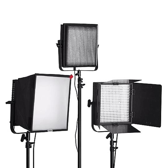 Arriendo de Kit de 3 Unidades Led Litepanels 1x1 Mono con accesorios B: caja, grid y aletas