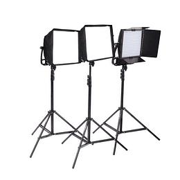 Arriendo de Kit de 3 Unidades Led Litepanels Astra Bicolor Con Accesorios C: 2 cajas y aletas