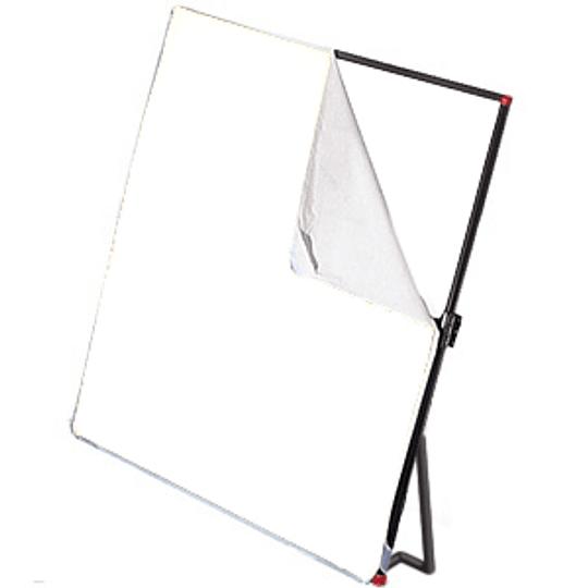 Arriendo de Pantalla Lightform 1x1mt con 1 tela y patas