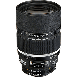 Arriendo de Lente Nikon 135mm F2 AF DC con Defocus Image Control