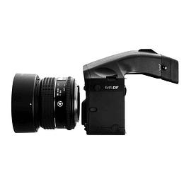 Camara mamiya 645 DF con un lente