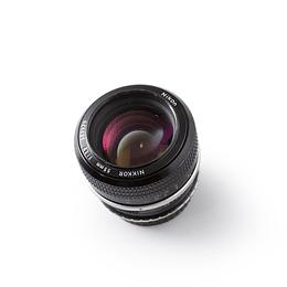 Arriendo de Lente VINTAGE Nikon Nikkor 55mm f1.2
