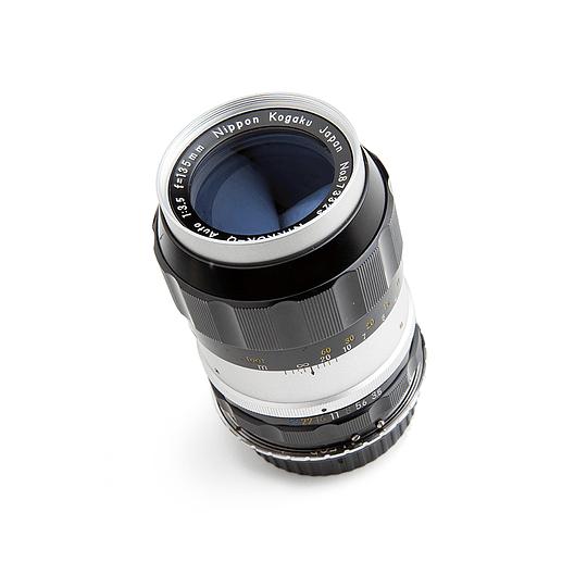 Arriendo de Lente VINTAGE Nikon Nikkor 135mm f3.5