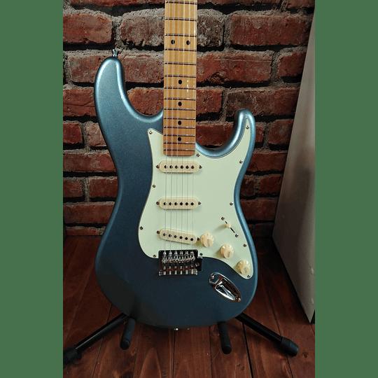 Guitarra electrica TG530 LB L/MG