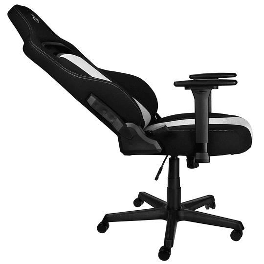 Silla gamer profesional E250 blanco con negro Nitro