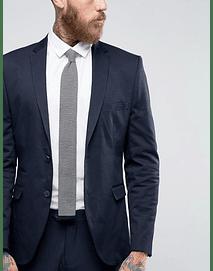 Corbata tejida lineas blancas