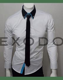 camisa blanca cuello negro, slim fit
