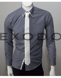 camisa gris borde en el cuello blanco, slim fit