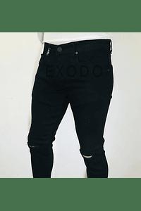 Jeans negro tajo  en la rodilla , mod2