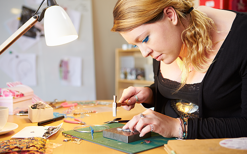 What Makes Customers Buy Jewelry from Specific Designers