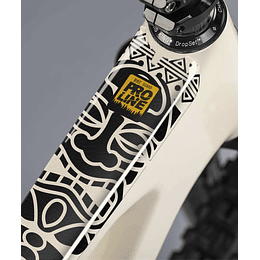 PROLINE BIKE GUARD MAORI (TRANSPARENTE)