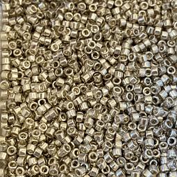 Mostacilla Miyuki Delica Color Plata Metalizado