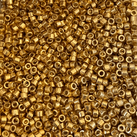 Mostacilla Miyuki Delica Color Dorado Metalizado Brillante