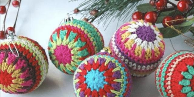 Patrón de bolas Navideñas