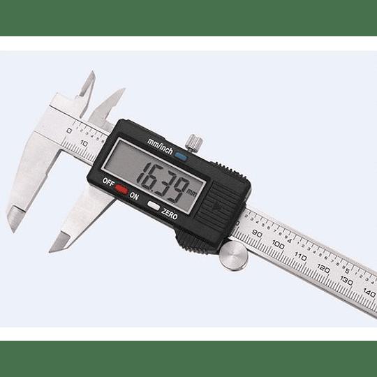 Calibrador pie de rey digital 0-6? 122200