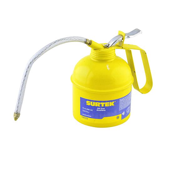 Aceitera flexible 23 oz Surtek 137215