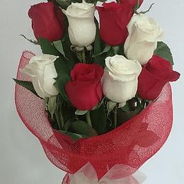 Florero de 12 Rosas Bicolor