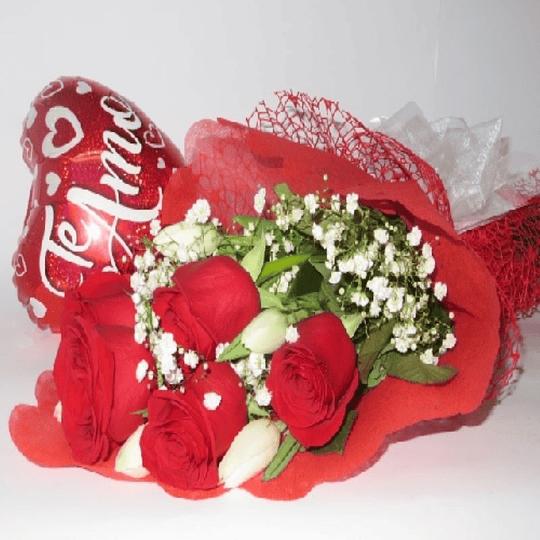Ramo Rosas y Tulipanes con Globo