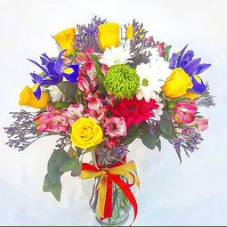 Florero Mixto con flores de estación