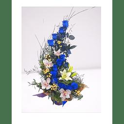Espiral de 12 Rosas Azules, Orquídeas y Liliums