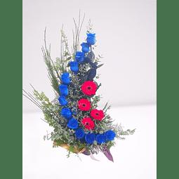 Caracola de 13 Rosas Azules y Gerberas